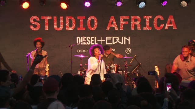 PERFORMANCE Solange Knowles at the DIESEL EDUN Studio Africa Event At Ron Herman With Advocate Solange PERFORMANCE Solange Knowles at the DIESEL at...