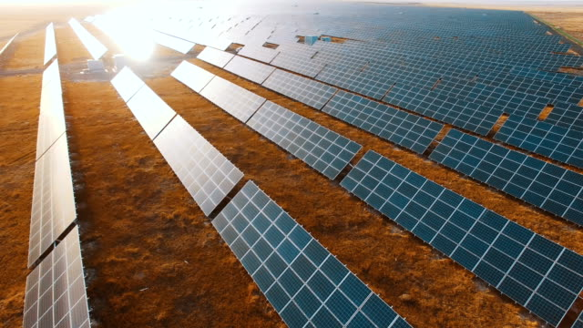 solar panels,aerial view - attrezzatura industriale video stock e b–roll