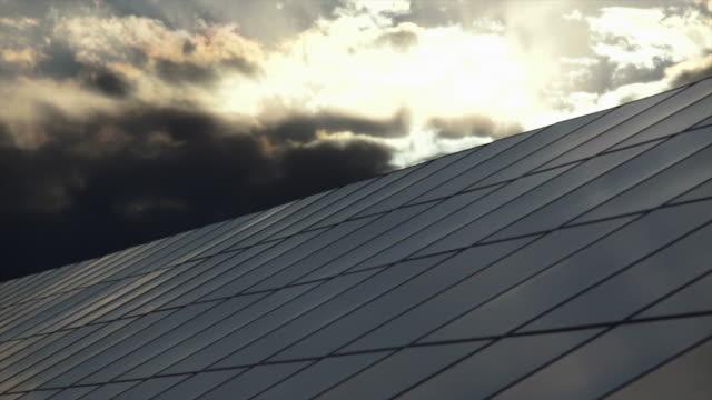 HD Parco solare contro il cielo variabile TL (4:2: 2 a 100 Mb/s)