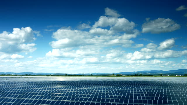 T/L Solar Power Plant In Bayern (4 k UHD zu/HD