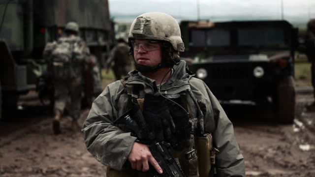 soldier looking around - us military stock videos & royalty-free footage
