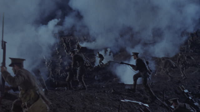 soldiers charge in a battle. - battlefield stock videos & royalty-free footage