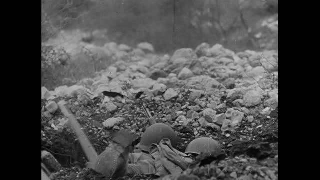 soldiers' corpses / us soldiers running forward to attack in mountains - italy stock videos & royalty-free footage