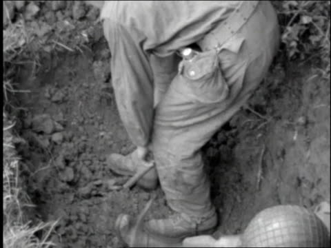 soldiers digging trenches / france - 1944 stock videos and b-roll footage