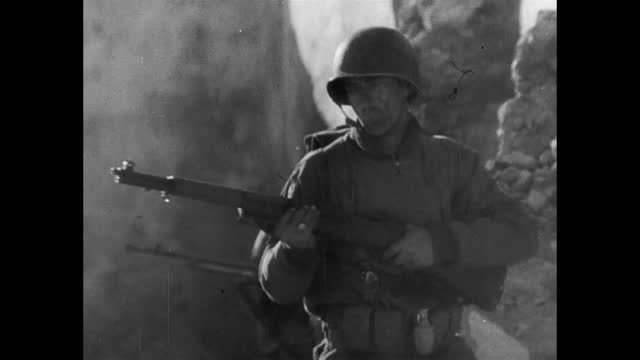 soldiers entering destroyed italian town - 1943 stock videos & royalty-free footage