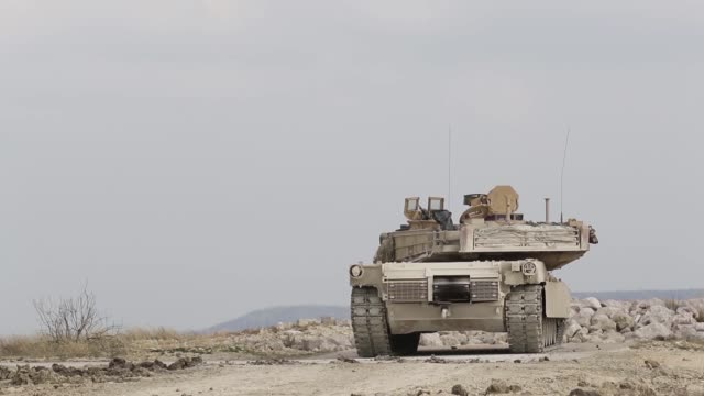 soldiers from 1st battalion 8th cavalry regiment participate in a combined arms live fire exercise at fort hood range texas as part of pegasus forge... - kampfpanzer stock-videos und b-roll-filmmaterial