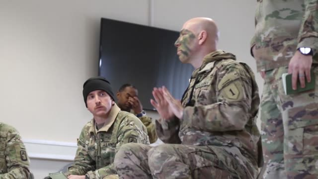 stockvideo's en b-roll-footage met soldiers from 5th squadron, 4th cavalry regiment, 2nd armored brigade combat team, 1st infantry division and 1st battalion, 3rd aviation regiment,... - mar