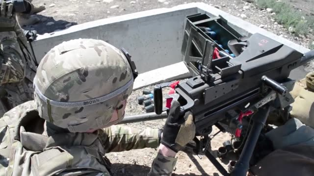 soldiers from b troop 182 cavalry 41st ibct oregon army national guard during their annual training period at orchard combat training center near... - b rolle stock-videos und b-roll-filmmaterial
