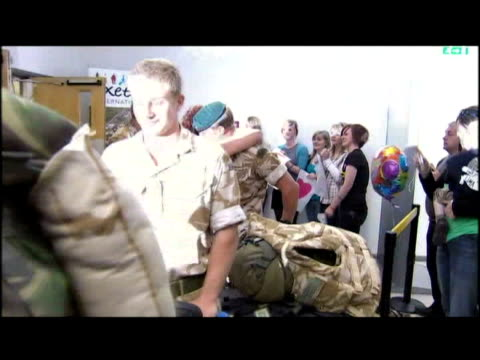 soldiers from royal marine commando brigade return home after a tour in helmand - 英国海兵隊点の映像素材/bロール