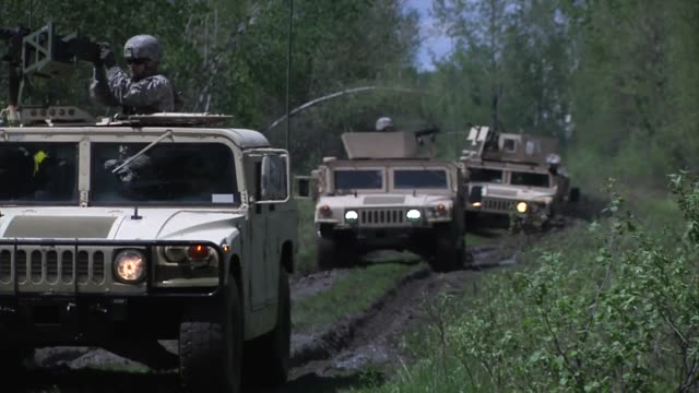 soldiers from the 94th military police company face themselves for training at ethan allen air force base in jericho - hummer stock videos & royalty-free footage