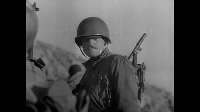 soldiers in apennine mountains - forze armate statunitensi video stock e b–roll