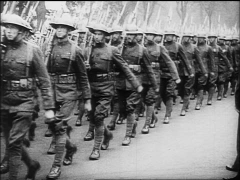 b/w 1918 soldiers marching in victory parade / end of ww - 1918 stock videos & royalty-free footage