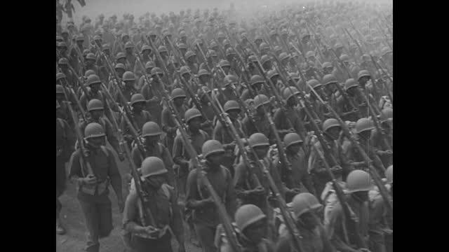 soldiers marching - infanteri bildbanksvideor och videomaterial från bakom kulisserna