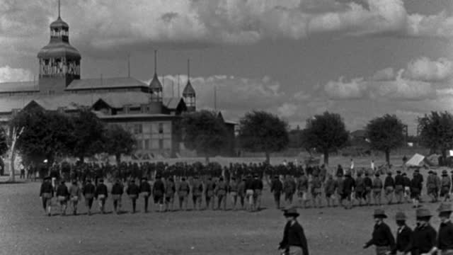 soldiers of the spanish-american war march in long rows in a military parade. - 1898 stock videos & royalty-free footage