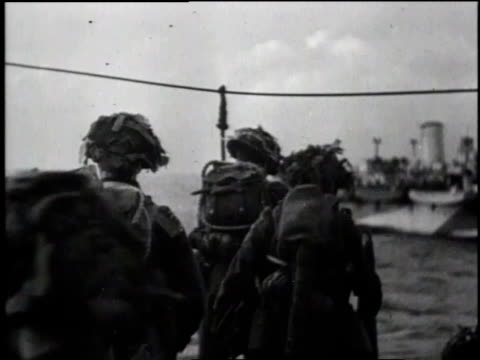 soldiers on deck / ms soldiers climbing overboard / ha soldiers descending rope ladder june 6 1944 / normandy coast - d day stock videos & royalty-free footage