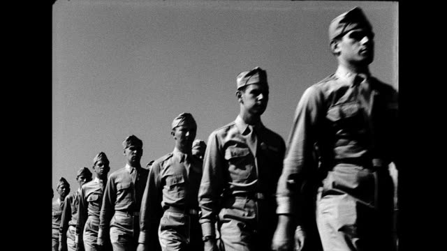 soldiers performing marching drill military marching drill on january 01 1950 - allarme di prova video stock e b–roll