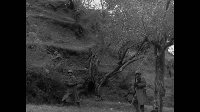 soldiers running forward to attack in mountains - 1943 stock videos & royalty-free footage