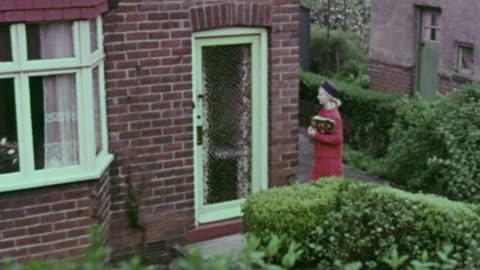 1967 montage solicitor ringing bells door to door / handsworth, west midlands, england - handsworth stock videos & royalty-free footage