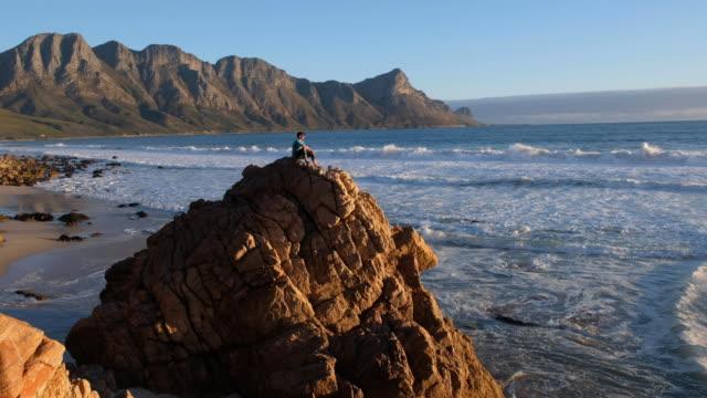 vidéos et rushes de solitude dans la nature - s'évader du réel