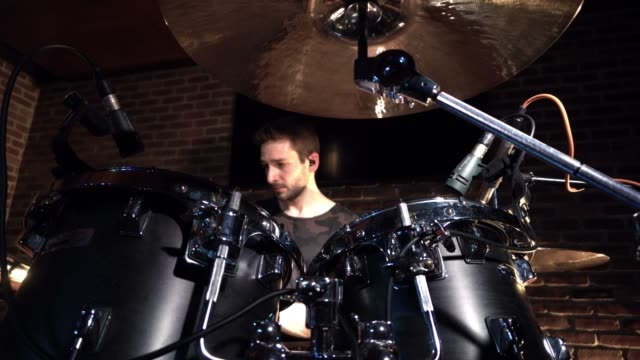 solo drummer in motion performance - drummer stock videos & royalty-free footage