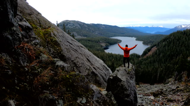 solo hiking adventure in the mountains - british columbia stock videos & royalty-free footage