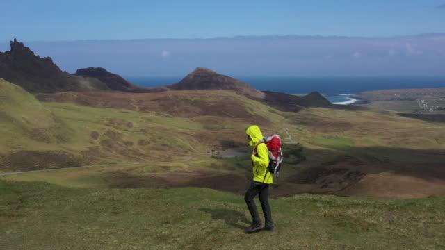 solo traveler in scotland - isle of skye - skye stock videos and b-roll footage