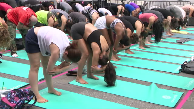 Mind Over Madness Yoga Presented by Aerie