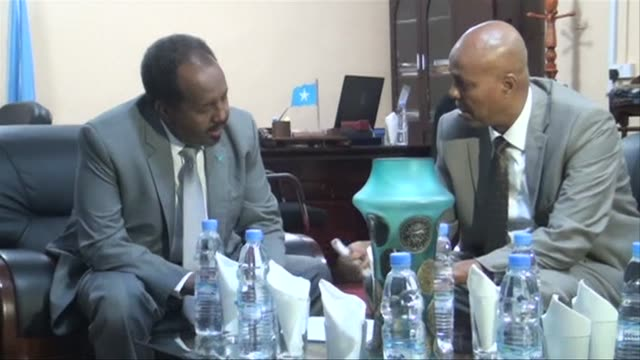 Somalis President and Prime Minister met Saturday to discuss the recent conflict in Mogadishu and to assure the population that the security of the...