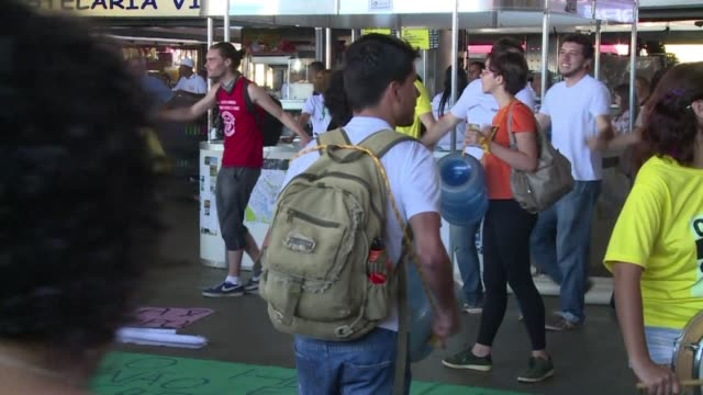 stockvideo's en b-roll-footage met some 100 demonstrators gathered in brasilia on thursday to protest against homophobia and chauvinism both on and off the pitch during the world cup - homofobie