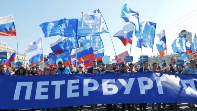 some 2000 anti kremlin protesters join may day rallies in saint petersburg chanting slogans critical of president vladimir putin as police arrest... - chanting stock videos and b-roll footage