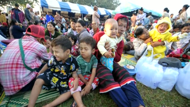 stockvideo's en b-roll-footage met some 20000 people crossed from myanmar into thailand to escape clashes between government troops and ethnic rebels following myanmar's first... - meer dan 50 seconden