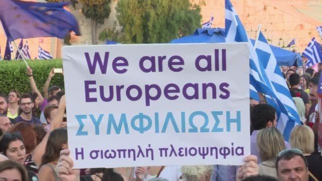some 22000 greeks for a yes outcome yelled pro european slogans just 800 metres away from a rival no rally in central athens late friday two days... - referendum stock-videos und b-roll-filmmaterial