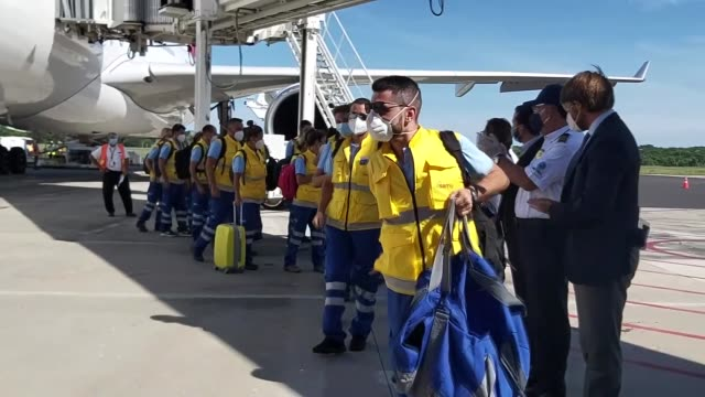 some 30 volunteer medical workers from spain have arrived in el salvador on wednesday to join the fight against the coronavirus pandemic as the... - last stock videos & royalty-free footage