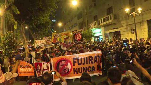 stockvideo's en b-roll-footage met some 50000 peruvians marched in lima against presidential candidate keiko fujimori on the 24th anniversary of the coup led by his father alberto... - staatsgreep