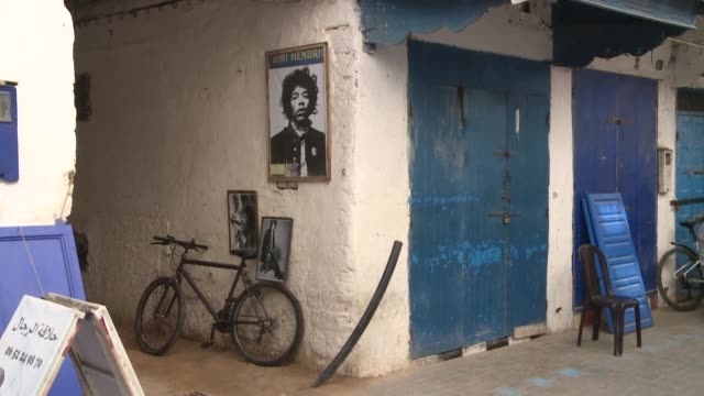 MAR: Moroccan village riffs on Hendrix legends and myths