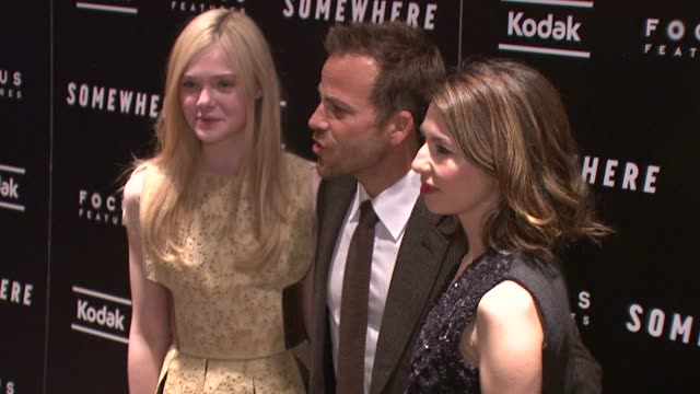 stockvideo's en b-roll-footage met 'somewhere' special screening new york ny united states 12/12/10 - stephen dorff