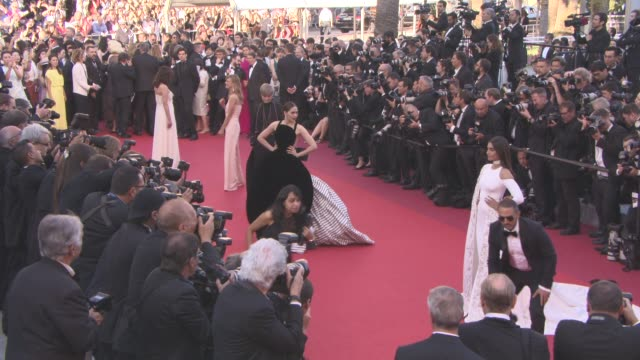 Sonam Kapoor Araya A Hargate Li Yuchun Heike Makatsch at 'Mal de Pierres' Red Carpet at Grand Theatre Lumiere on May 15 2016 in Cannes France