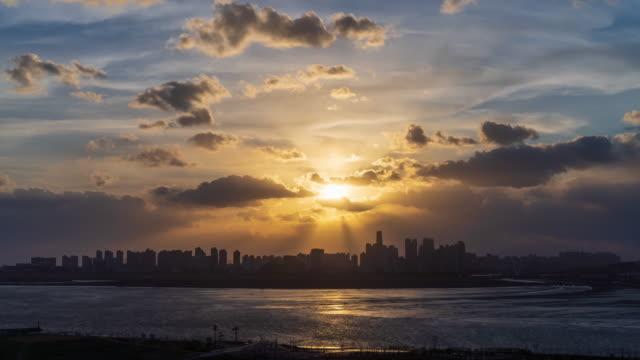 songdo international business district (songdo ibd) at sunset / yeonsu-gu, incheon, south korea - romantic sky stock videos & royalty-free footage