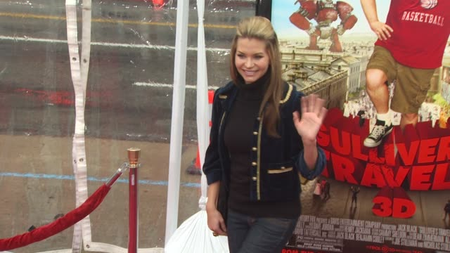 Sonia Rockwell at the 'Gulliver's Travels' Premiere at Hollywood CA