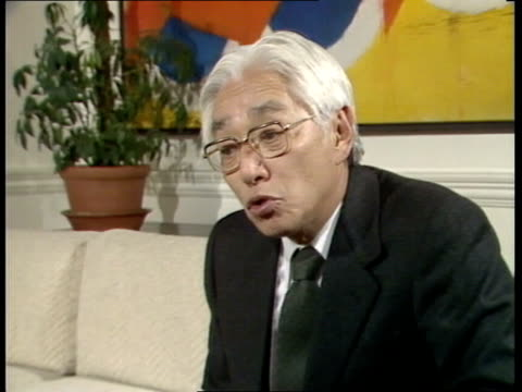 """akio morita; -- for the future"""" video ex eng tx:14.12.82/c4n archive tape 15941 82/c4n/x811 33:25 to 36:59 - sony stock-videos und b-roll-filmmaterial"""