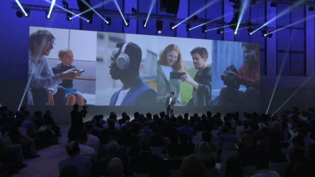 sony press conference at sony hall at the 2019 ifa home electronics and appliances trade fair on september 05, 2019 in berlin, germany. the 2019 ifa... - press conference点の映像素材/bロール