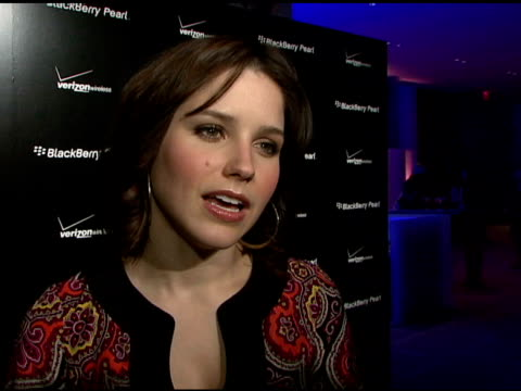 sophia bush on the blackberry pearl event, on the blackberry pearl phone, on her oscar pick, and on the sag awards at the blackberry pearl 8130... - electronic organiser stock videos & royalty-free footage