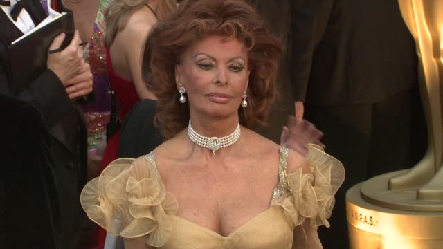 sophia lauren at the 81st academy awards arrivals part 7 at los angeles ca. - sophia loren stock videos & royalty-free footage