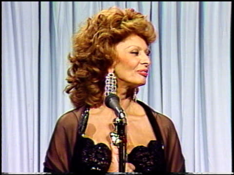 sophia loren at the 1991 academy awards at the shrine auditorium in los angeles, california on march 25, 1991. - academy awards video stock e b–roll