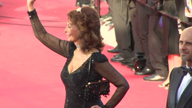 sophia loren, edoardo ponti at closing ceremony / 'a fistful of dollars' red carpet at palais des festivals on may 24, 2014 in cannes, france. - sophia loren stock videos & royalty-free footage