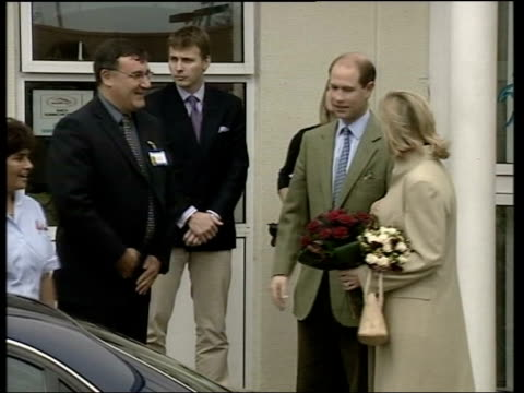 sophie, countess of wessex leaves hospital; itn england: surrey: frimley park hospital: ext sophie, countess of wessex along from hospital with... - prince edward, earl of wessex stock videos & royalty-free footage