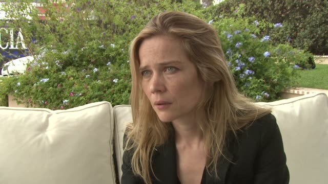 sophie huber on the film not being a biography on her desire to show harry dean stanton's singing and on him as a friend at harry dean stanton... - biographie stock-videos und b-roll-filmmaterial