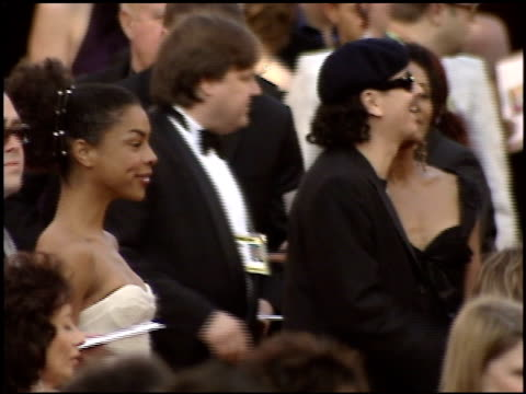 sophie okonedo at the 2005 academy awards at the kodak theatre in hollywood california on february 27 2005 - sophie okonedo stock videos & royalty-free footage
