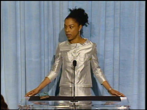sophie okonedo at the 2005 annual academy awards nominee luncheon interview room at the beverly hilton in beverly hills california on february 7 2005 - sophie okonedo stock videos & royalty-free footage
