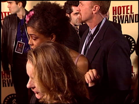 sophie okonedo at the 'hotel rwanda' premiere at academy theater in beverly hills california on december 2 2004 - sophie okonedo stock videos & royalty-free footage